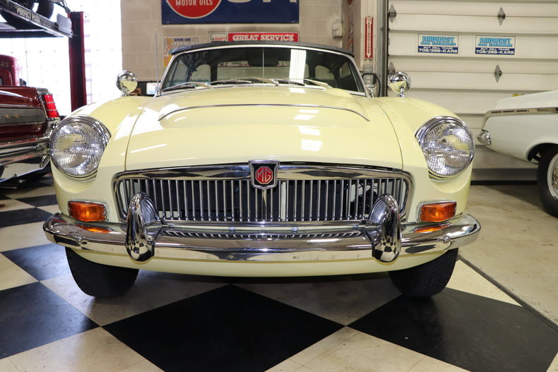 503718370db67 low res 1969 mg mgc