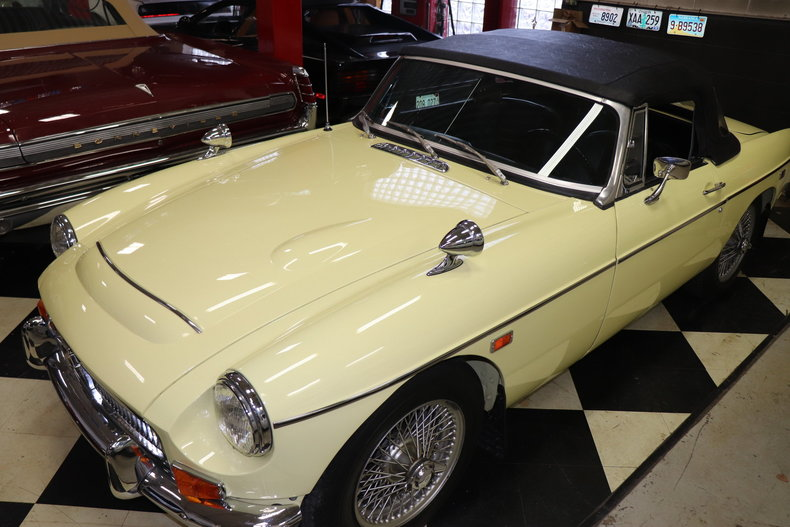 50373fe74dea9 low res 1969 mg mgc