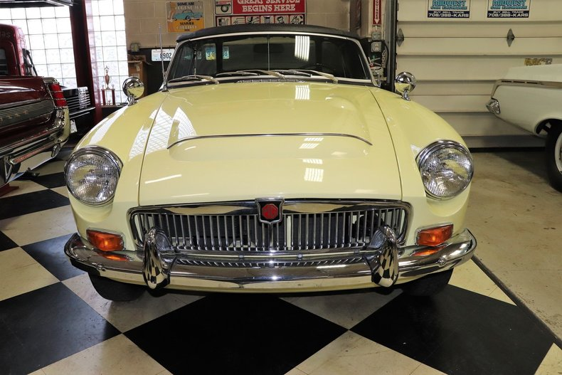 50375c2357901 low res 1969 mg mgc