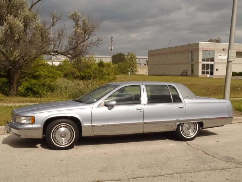 1994 Cadillac Fleetwood | Midwest Car Exchange
