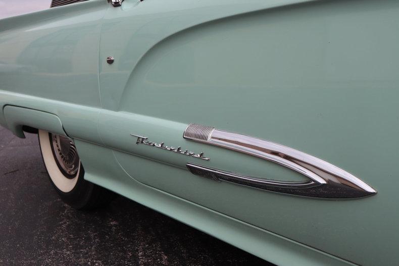 46783107635de low res 1959 ford thunderbird