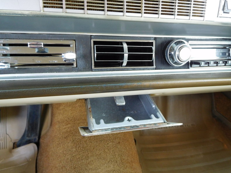 4686442294cf2 low res 1967 oldsmobile vista cruiser