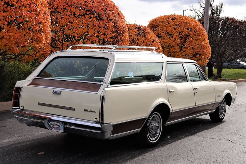 46896251ea412 low res 1967 oldsmobile vista cruiser