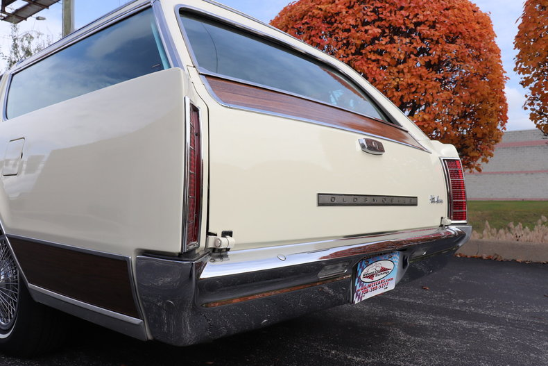469089e7735c6 low res 1967 oldsmobile vista cruiser
