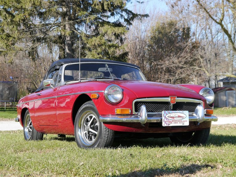 47586f194201c low res 1974 mg mgb