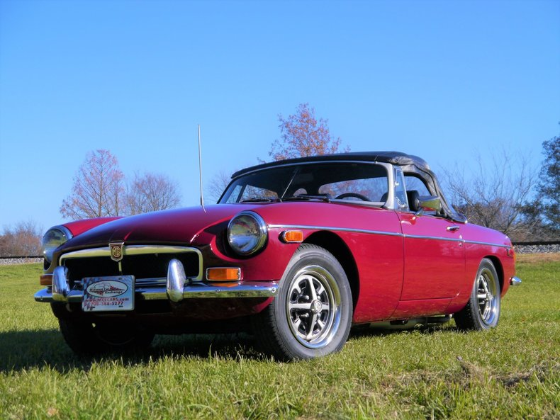 475957faa1440 low res 1974 mg mgb