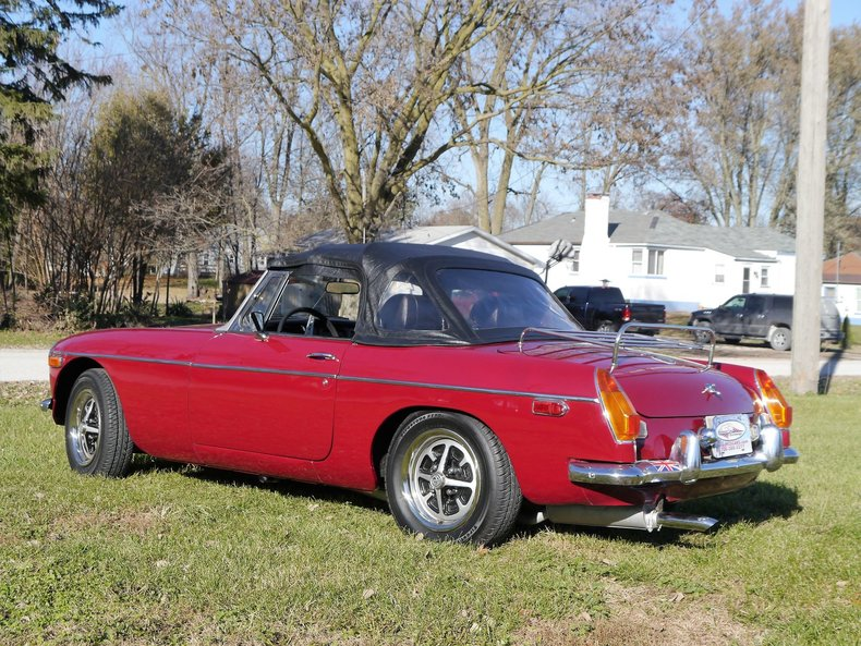 4760379ac1470 low res 1974 mg mgb