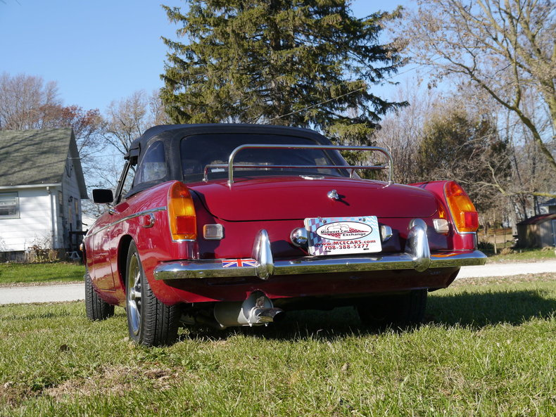 47608749aa3a3 low res 1974 mg mgb