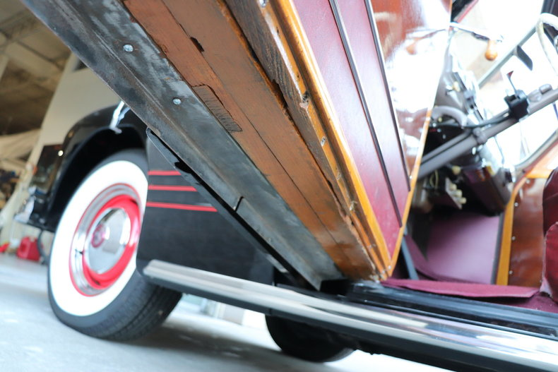 48183284a6340 low res 1947 pontiac streamliner woody