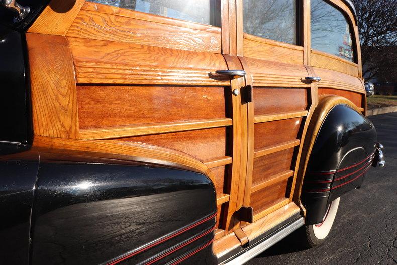 49389644a9f19 low res 1947 pontiac streamliner woody