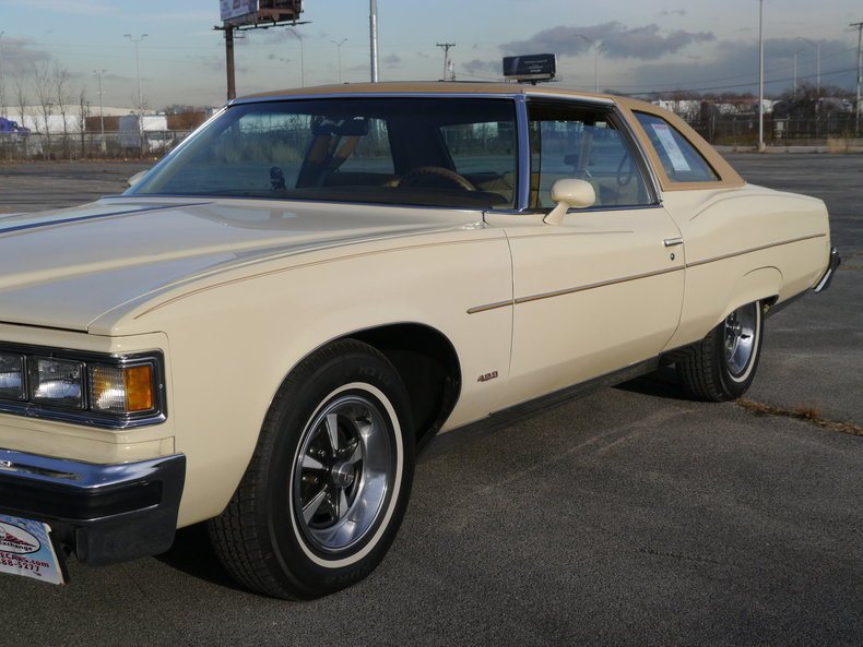 4843857704cfb low res 1976 pontiac bonneville brougham