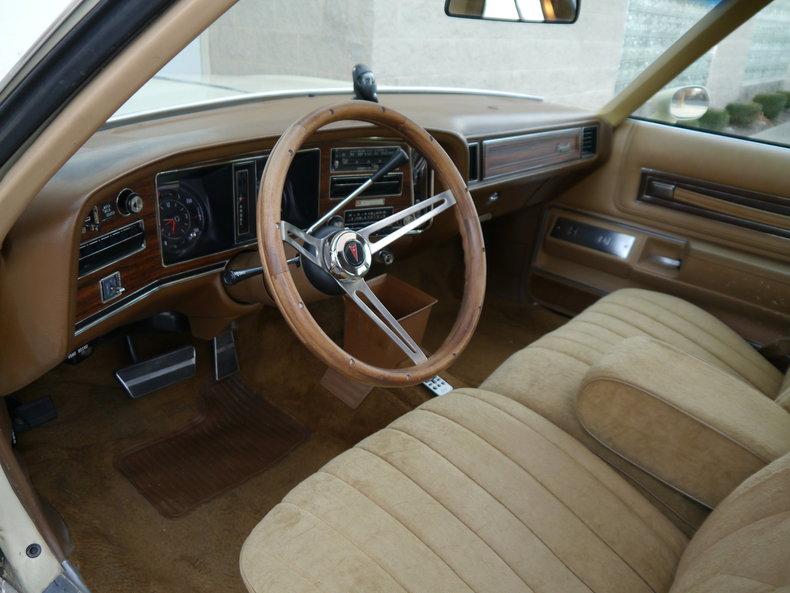 4848109def8da low res 1976 pontiac bonneville brougham