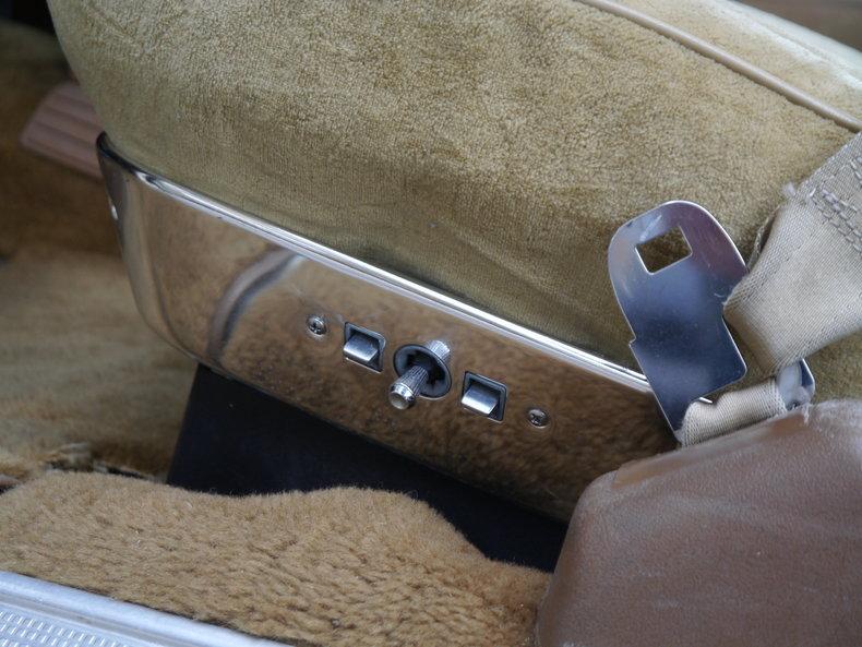 48483d5e312cc low res 1976 pontiac bonneville brougham