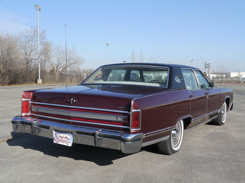 489251d495892 low res 1979 lincoln town car