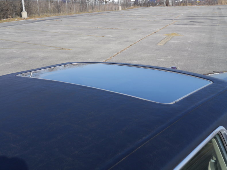 48930307f6846 low res 1979 lincoln town car