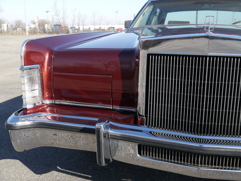 48934335f9cef low res 1979 lincoln town car
