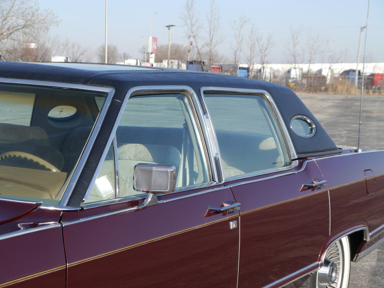 489406ab031c3 low res 1979 lincoln town car
