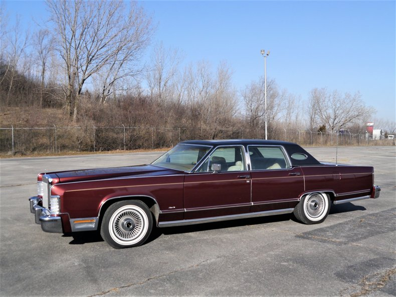 48941468714a6 low res 1979 lincoln town car