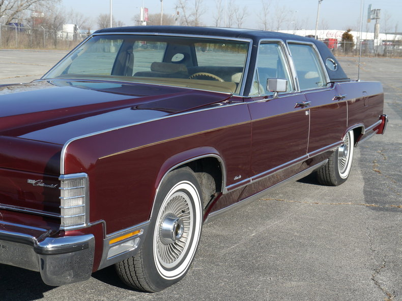 48946ba16c400 low res 1979 lincoln town car