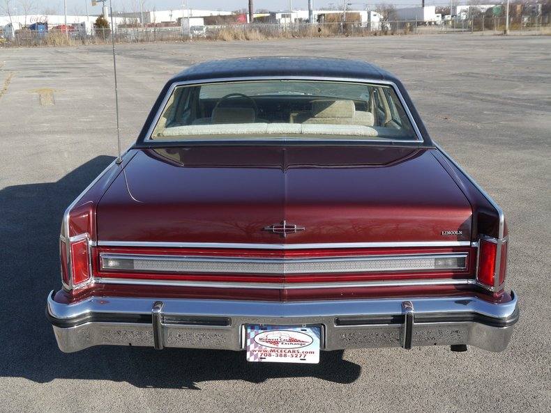 48960e4350222 low res 1979 lincoln town car