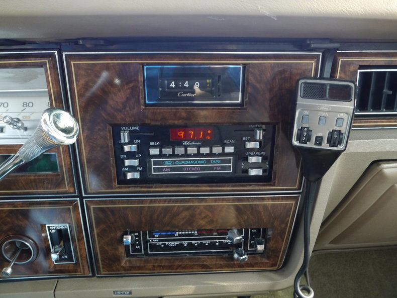 48974e12b70d8 low res 1979 lincoln town car