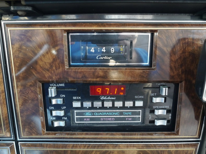 4897565915af4 low res 1979 lincoln town car