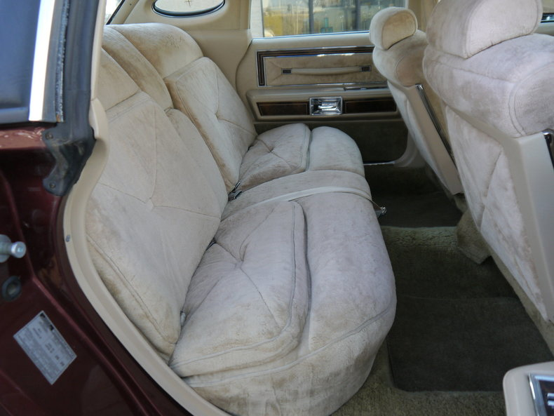 490100e4c9968 low res 1979 lincoln town car
