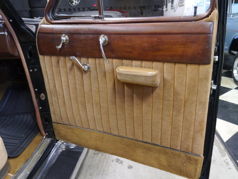 492334e4a4961 low res 1946 cadillac fleetwood 4 door limousine 7 passenger
