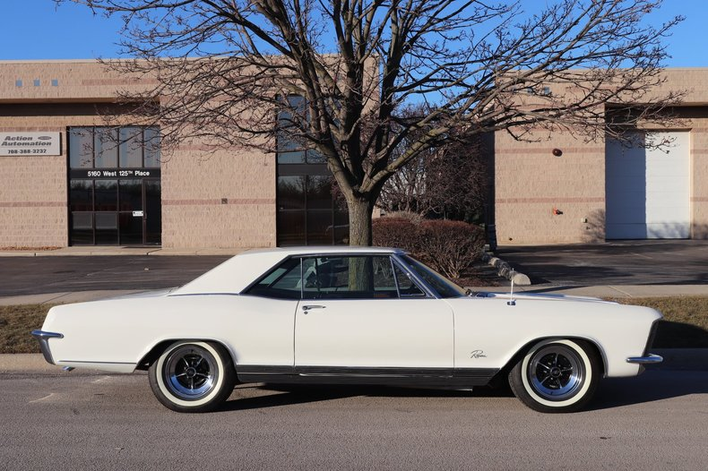 4957535cc4181 low res 1965 buick riviera