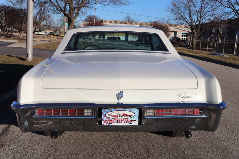 4957861902c83 low res 1965 buick riviera
