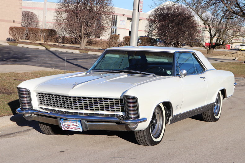49607b5464693 low res 1965 buick riviera