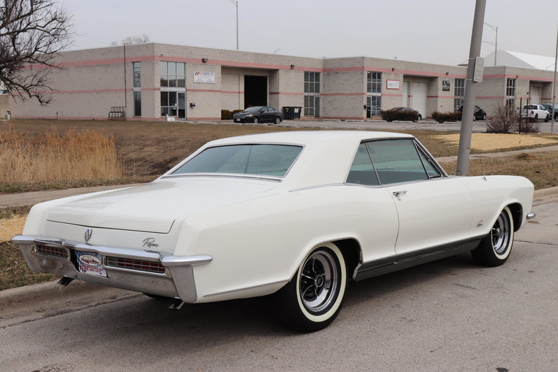 5075132305f77 low res 1965 buick riviera