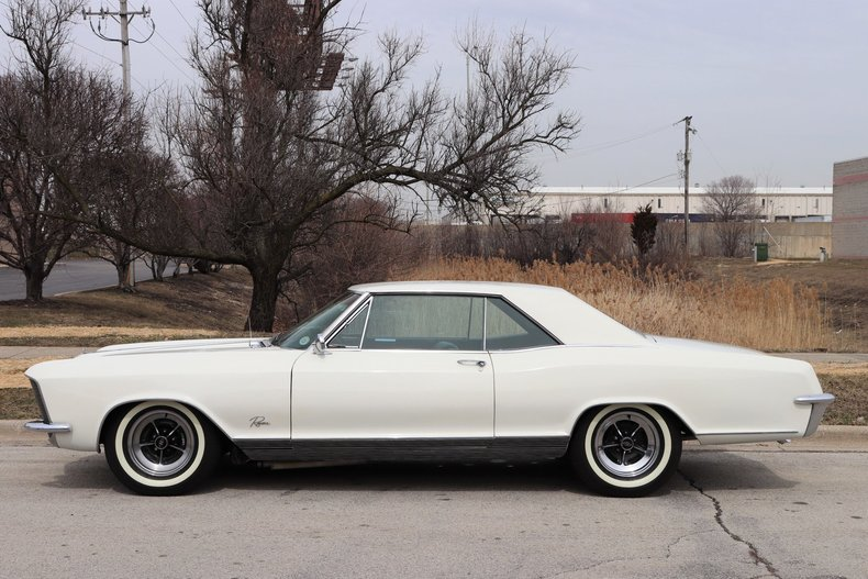 50773902a58eb low res 1965 buick riviera