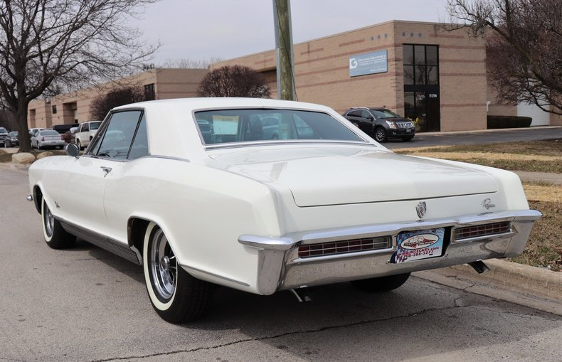 5077980e9c307 low res 1965 buick riviera