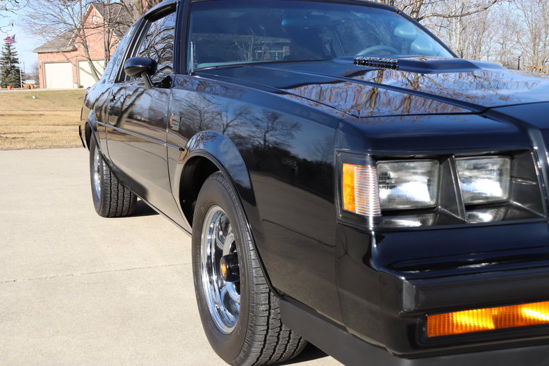 498615694bce2 low res 1987 buick grand national