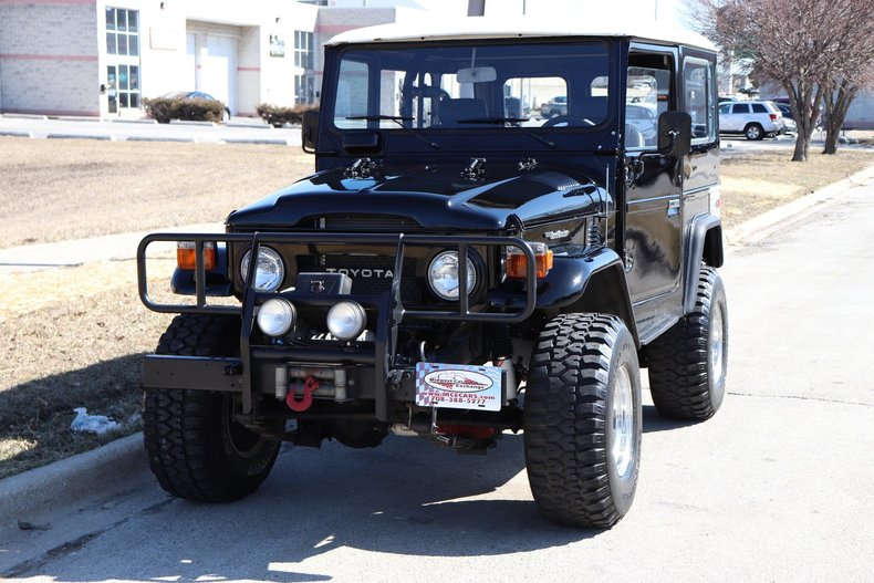 50574e530f834 low res 1977 toyota land cruiser