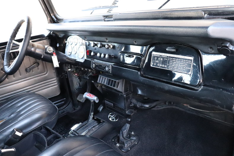 5060629ef28f6 low res 1977 toyota land cruiser