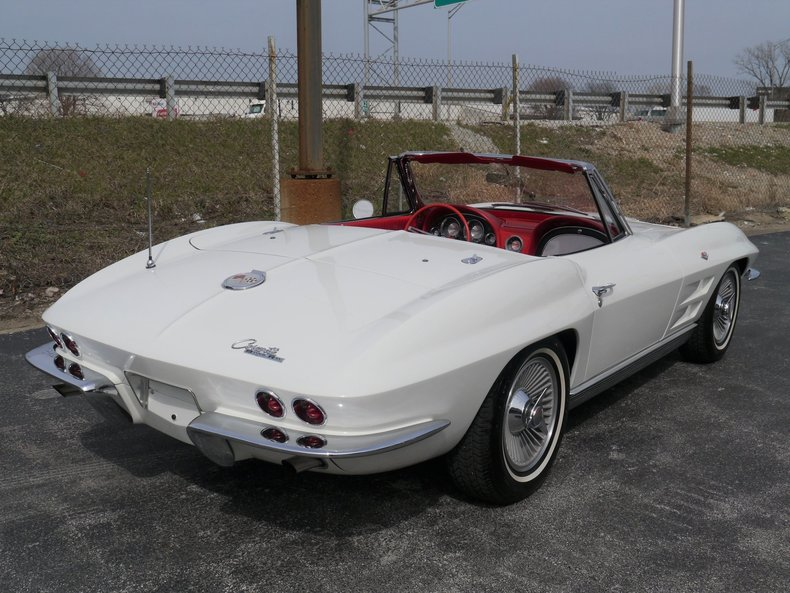 510165954714f low res 1963 chevrolet corvette