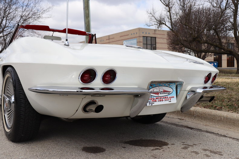 51052900eb226 low res 1963 chevrolet corvette convertible