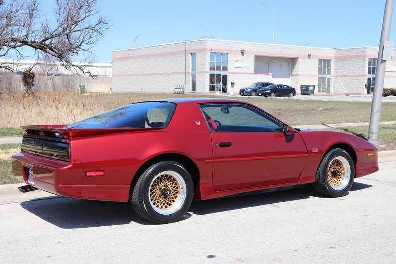 513451572af2c low res 1987 pontiac trans am gta