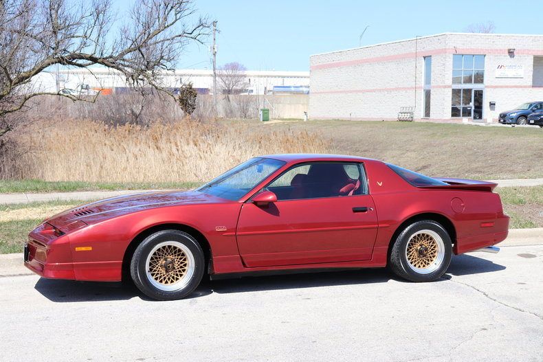 51358e8dc8060 low res 1987 pontiac trans am gta