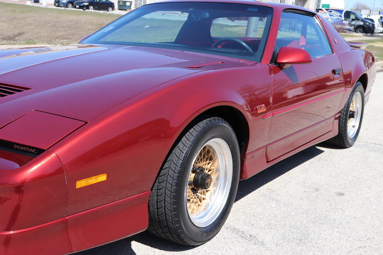 513646c8f9cc0 low res 1987 pontiac trans am gta