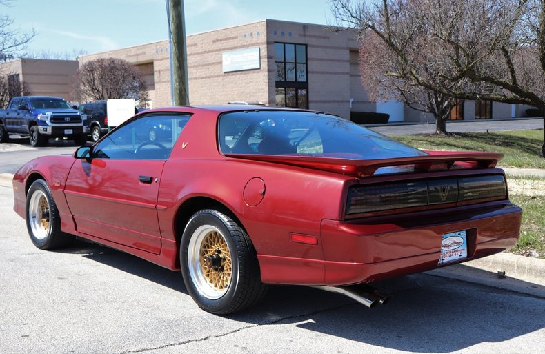 513680fc74770 low res 1987 pontiac trans am gta