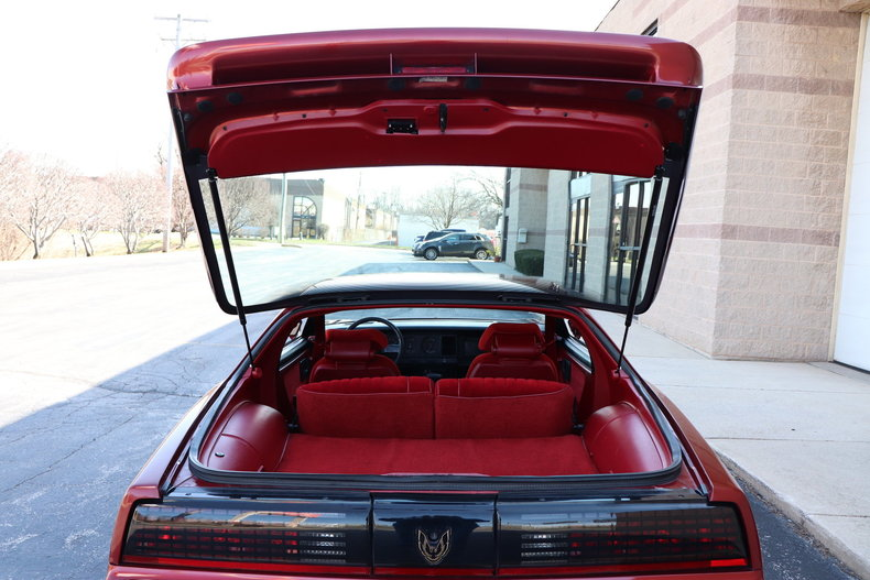 51418375e80a0 low res 1987 pontiac trans am gta