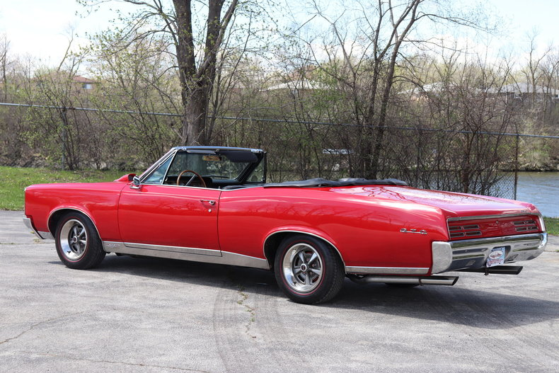 51975077ed650 low res 1967 pontiac gto convertible