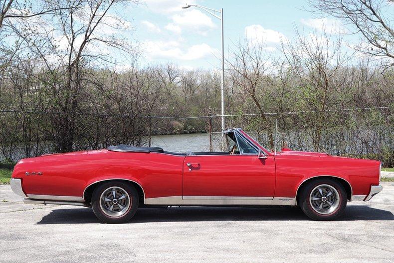 5199194873a7e low res 1967 pontiac gto convertible