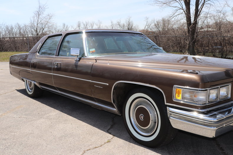 51602b532063e low res 1976 cadillac fleetwood brougham