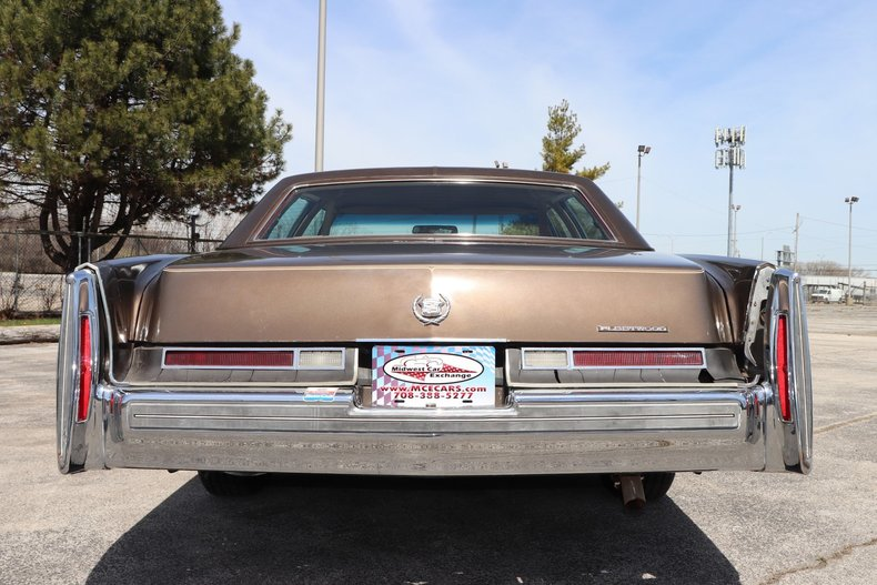 516136001fb19 low res 1976 cadillac fleetwood brougham