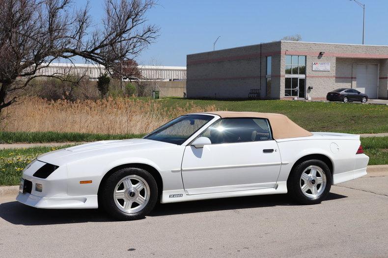 5208395f5c143 low res 1992 chevrolet camaro