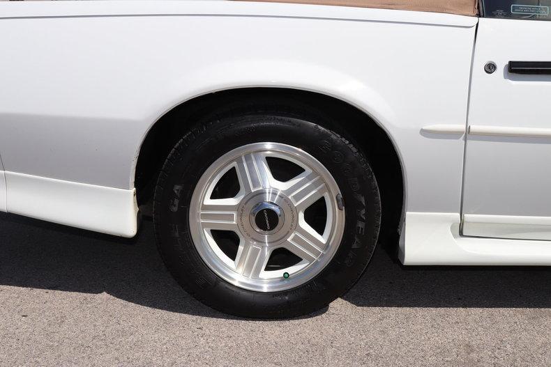 5212189452202 low res 1992 chevrolet camaro